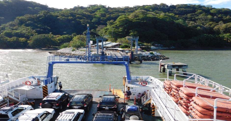 Ferry a Paquera