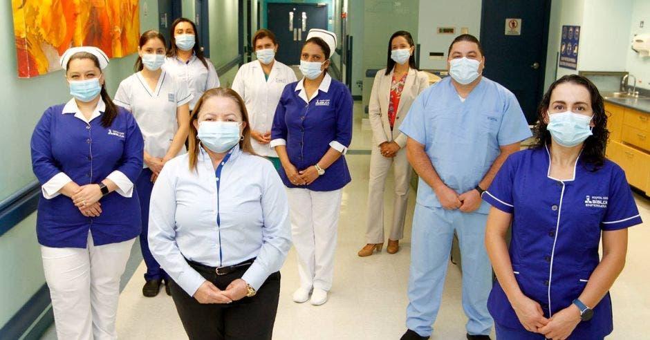 Personal de enfermería del Hospital Clínica Bíblica