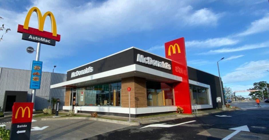 Nuevo local de McDonald's
