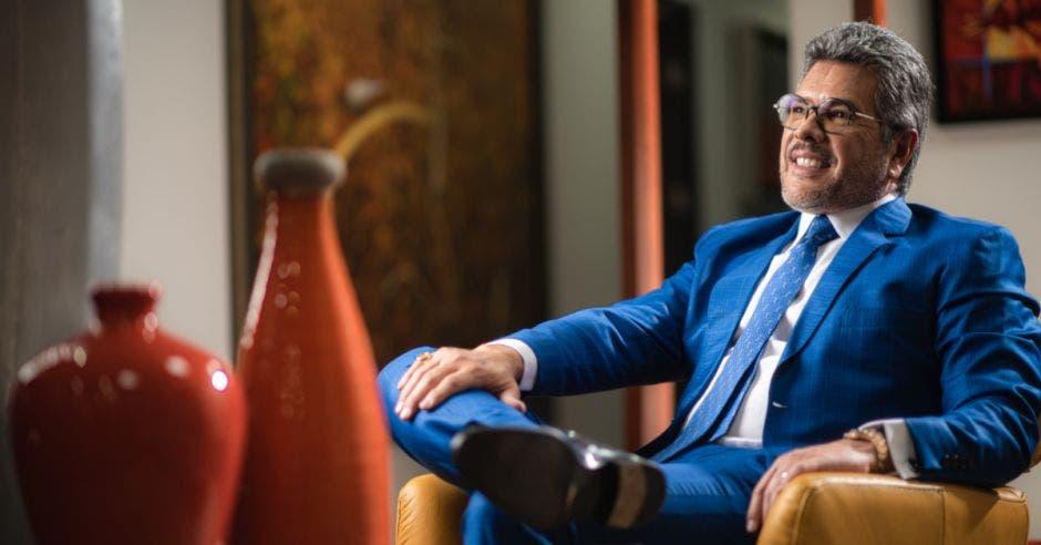 Carlos Valenciano, abogado y empresario