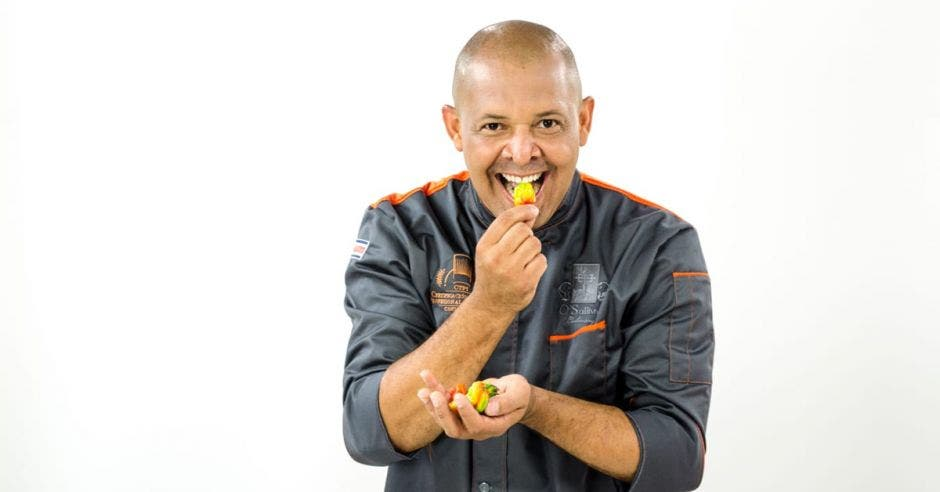 Chef Oscar Castro