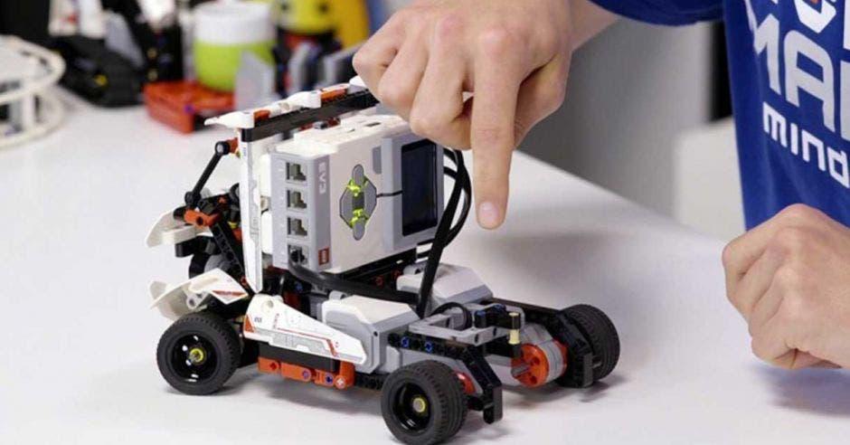 carro robot robotica