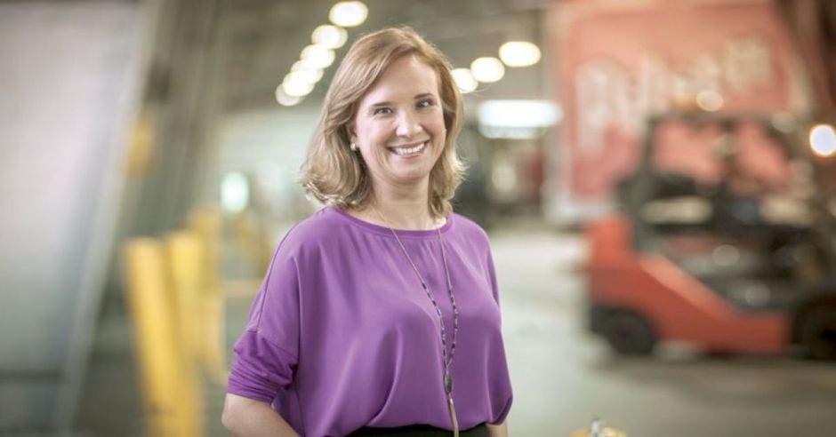 directora de asuntos corporativos, Gisela Sánchez