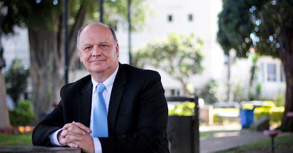 Rodolfo Piza, será candidato del partido Nuestro Pueblo.