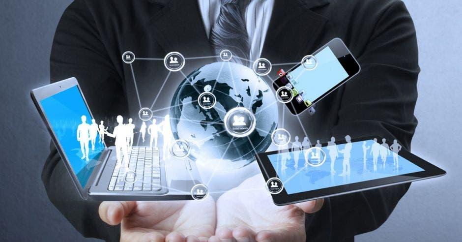 computadoras internet redes sociales