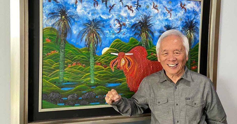 """""""Dios me dio el don de pintar, el arte, y a través de éste puedo encontrarme y sentir mi alma"""", Isidro Con Wong. Cortesía/La República"""
