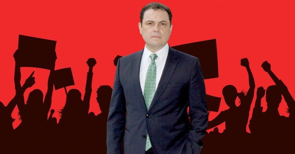 Carlos Ricardo Benavides, diputado del PLN.