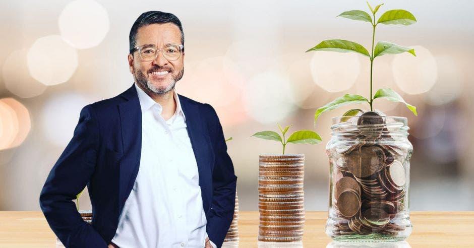 """""""No es como cree el PAC y el PLN, que subiendo los impuestos se podrá sacar al país adelante"""", según Pedro Muñoz, precandidato de la Unidad. Archivo/La República."""