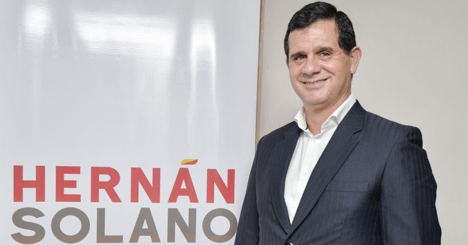 Hernan solano candidato presidente PAC
