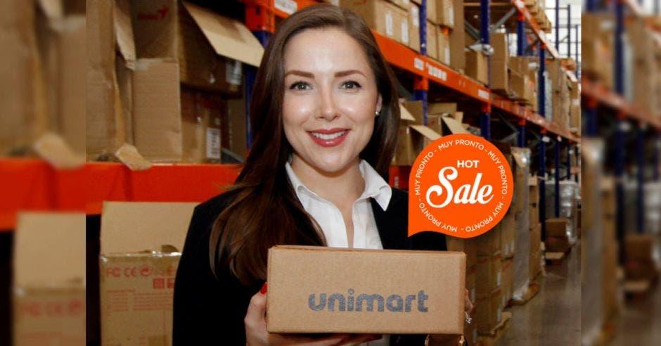 Adriana Pulido, gerente de marketing y compras de Unimart.com.