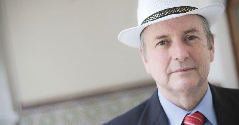 Ottón Solís fue nombrado como embajador de Costa Rica ante la OCDE. Archivo/La República