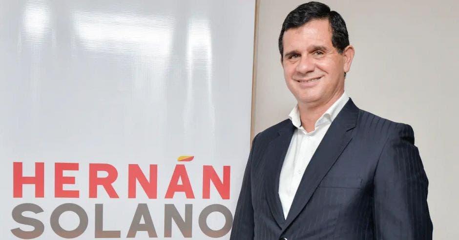 Hernán Solano, precandidato del PAC. Archivo/La República
