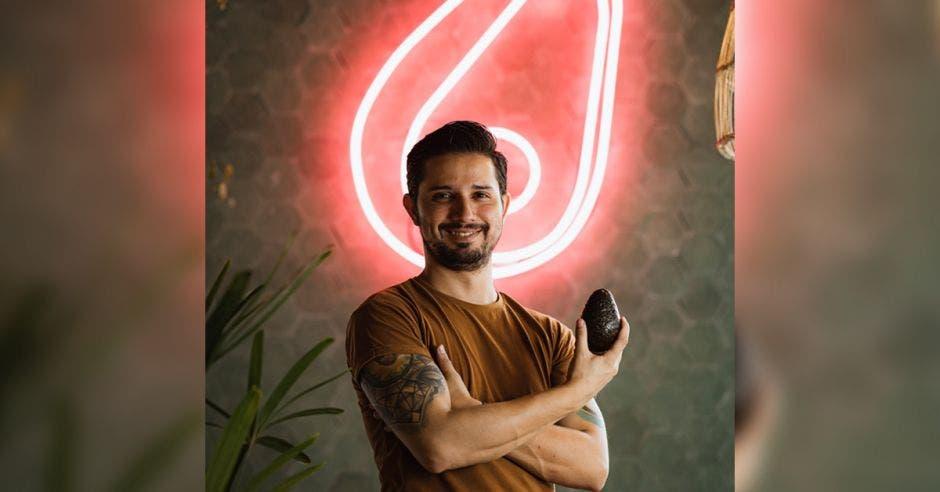 Mario Vásquez es el creador de AvoGarden.