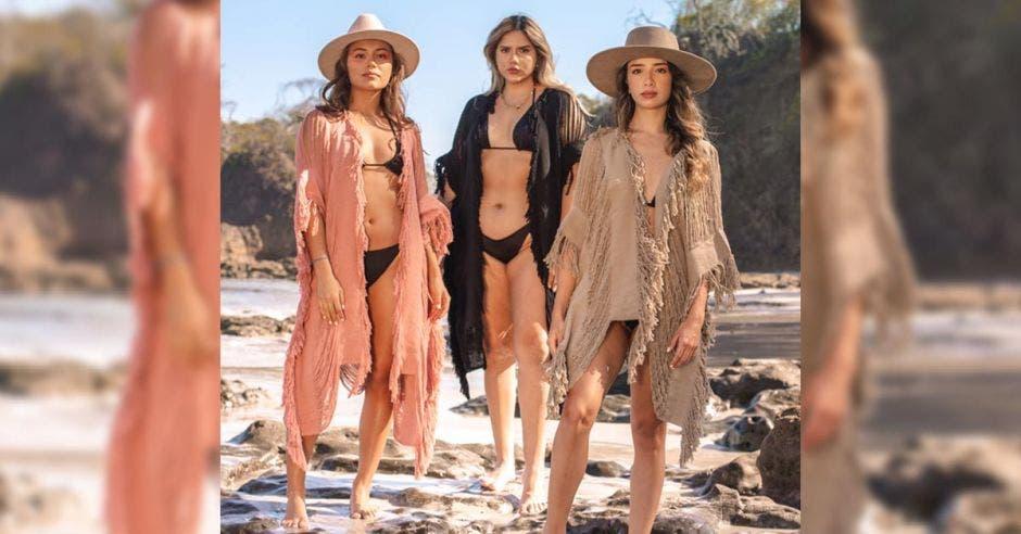 Modelos con prendas de Brisa de Mar