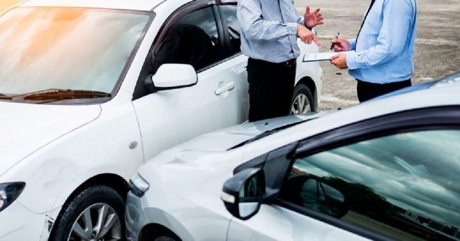 No solo los coches con otros vehículos son accidentes de tránsito.