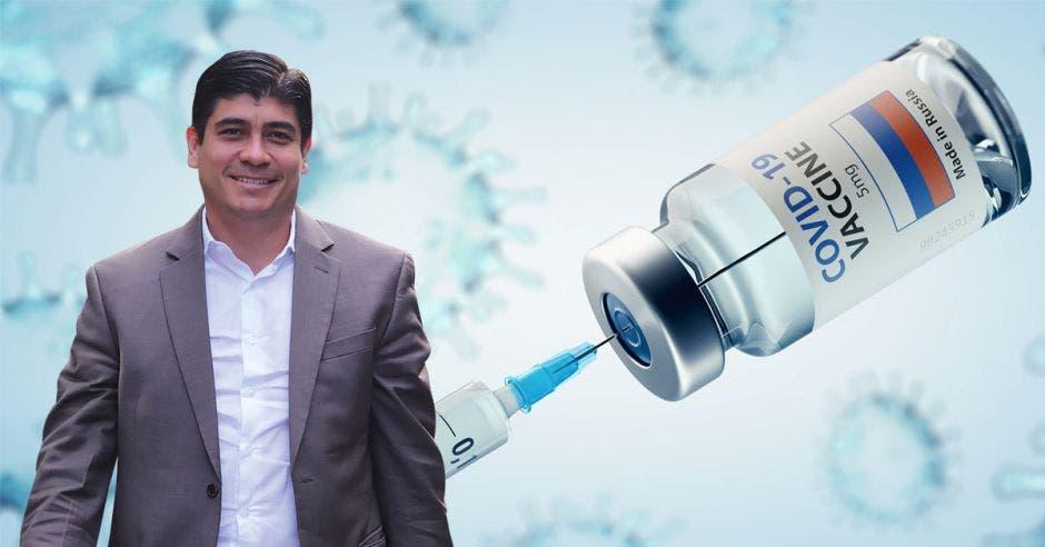 """""""Como lo hemos dicho en reiteradas ocasiones, cada vacuna cuenta y hoy lo vemos al decir que el 50% del total de nuestra población ya tiene al menos la primer dosis de la vacuna contra la Covid-19"""", dijo el presidente Carlos Alvarado. Archivo/La República."""