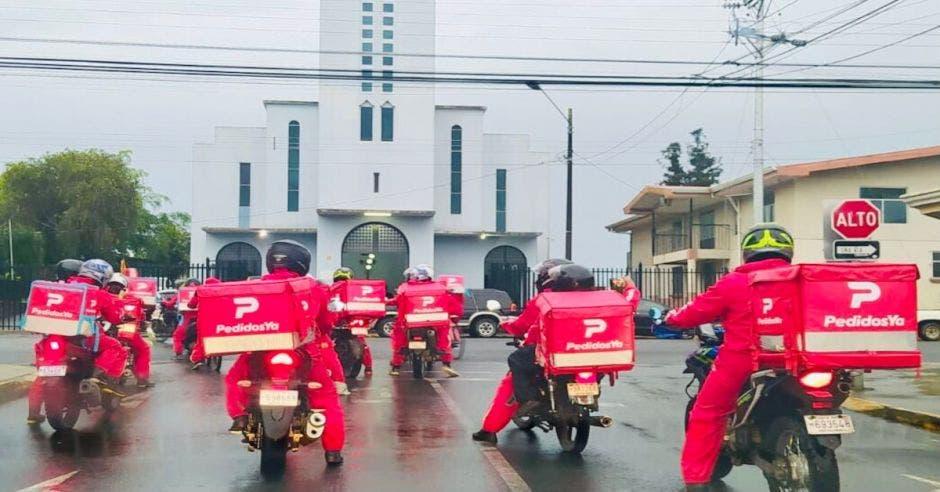 Repartidores de PedidosYa en San Ramón