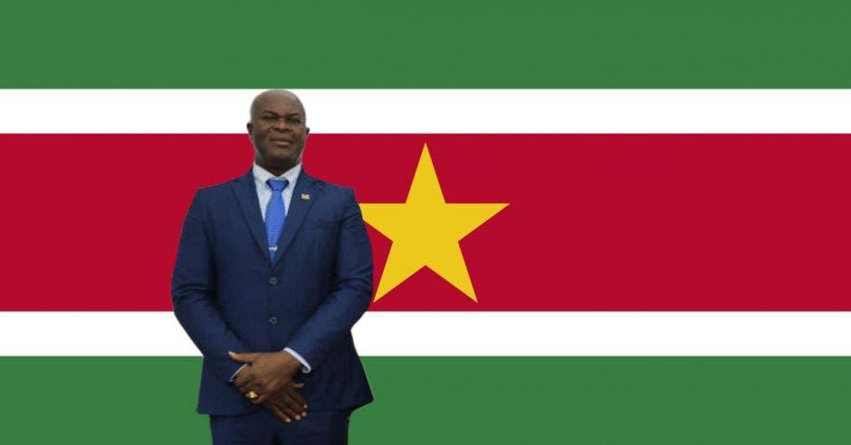 surinam vicepresidenta futbolista