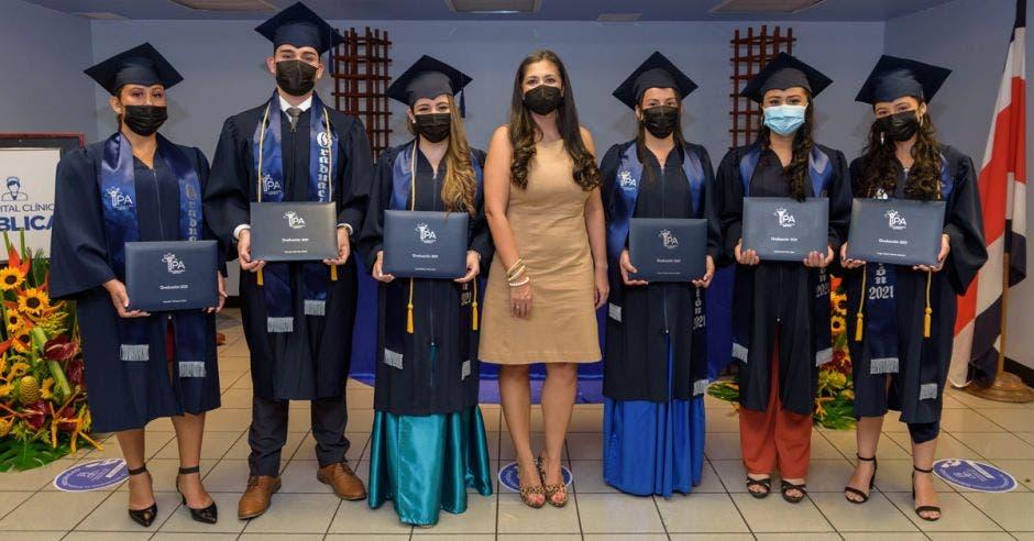 estudiantes graduados del IPA