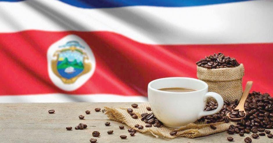 taza de café de fondo bandera de Costa Rica