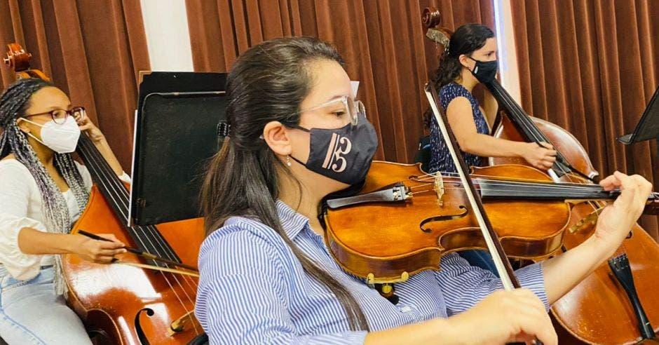 mujeres músicas