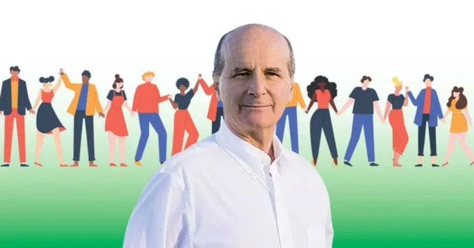 Figueres plantea convertir a Limón Centro en el primer cantón 100% bilingüe del país