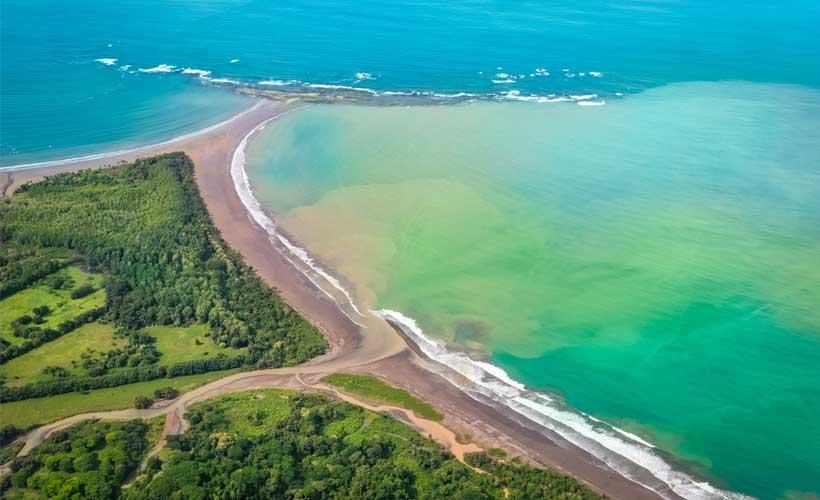 Bahía Ballena. Fotografía  de Luis Solano Pochet